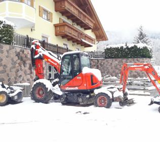 Escavatore tipo ragno R555H