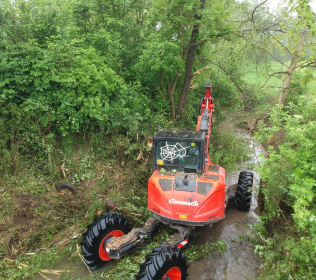 R855 Big Foot - Forester